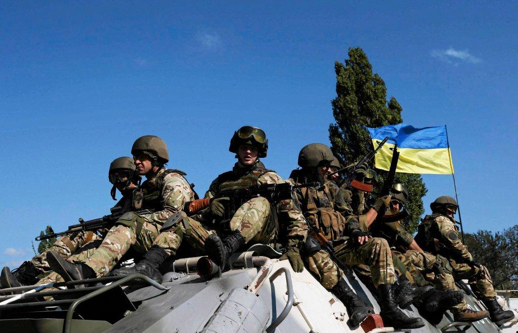 Ukraińscy żołnierze nieopodal Pierwomajska we wschodniej Ukrainie
