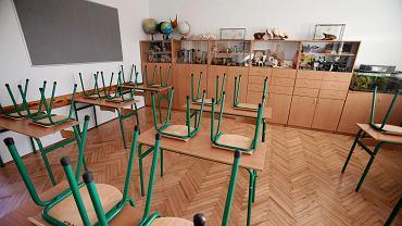 Koronawirus atakuje szkoły, żłobki i przedszkola w Łodzi. Pięcioro dzieci zakażonych