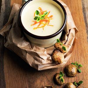 Zupa z pieczonych ziemniaków z soterowanym borowikiem