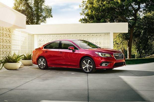 Subaru Legacy   Znajdź różnice