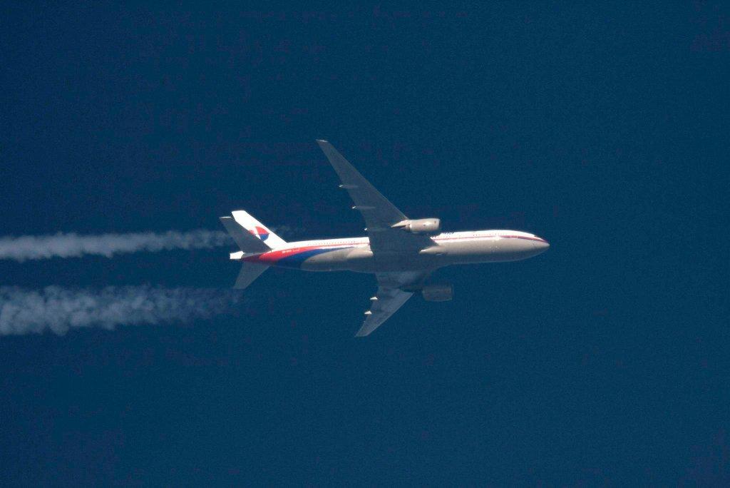 Malezyjski boeing 777 przelatujący nad Polską, zdjęcie z lutego 2014