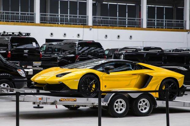 DMC Luxury Aventador