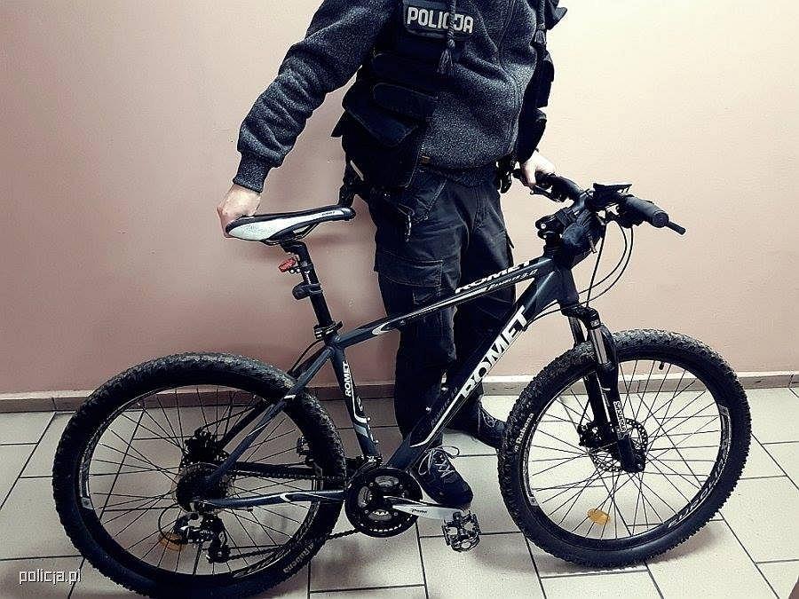 Policjant na rowerze dogonił pijanego kierowcę