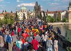 """Praga walczy z Airbnb. """"Zjada miasto od środka"""". Duże utrudnienia dla turystów"""