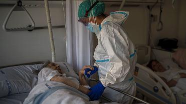 Ratownik medyczny: przed chwilą dowcipkował, umiera po kilku godzinach