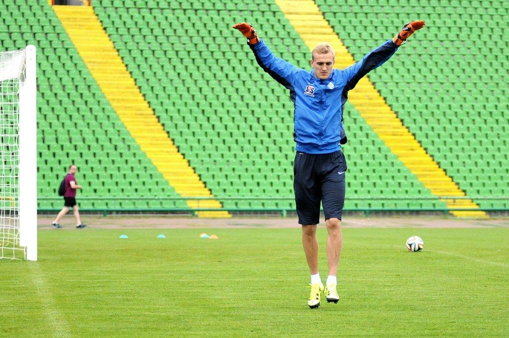 Lech Poznań trenuje na Stadionie Olimpijskim w Sarajewie przed meczem z FK Sarajevo. Jasmin Burić