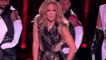Shakira i Jennifer Lopez tak wystąpiły na Super Bowl, że przyszło 1300 skarg