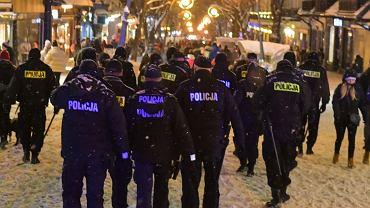 W sobotę na Krupówkach pojawiły się liczne patrole policji