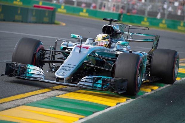 Bolid Mercedesa 2017