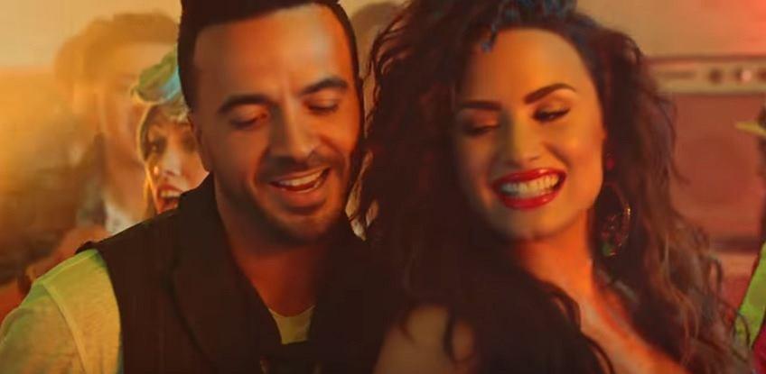 Luis Fonsi i Demi Lovato 'Echame La Culpa' (screen)
