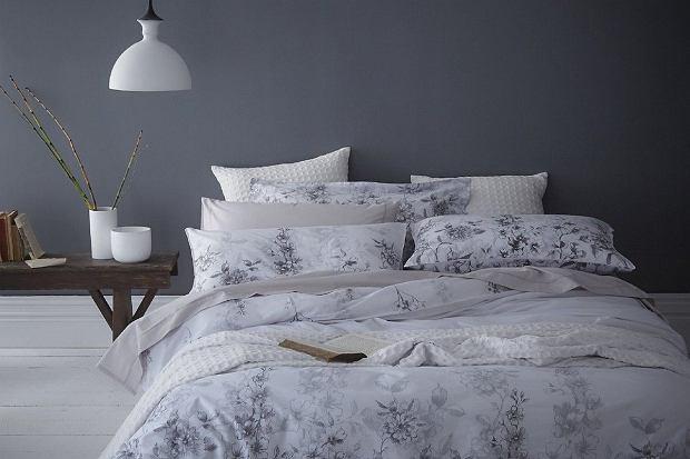 Odśwież sypialnię na wiosnę. Kolorowe komplety pościeli polskiej marki