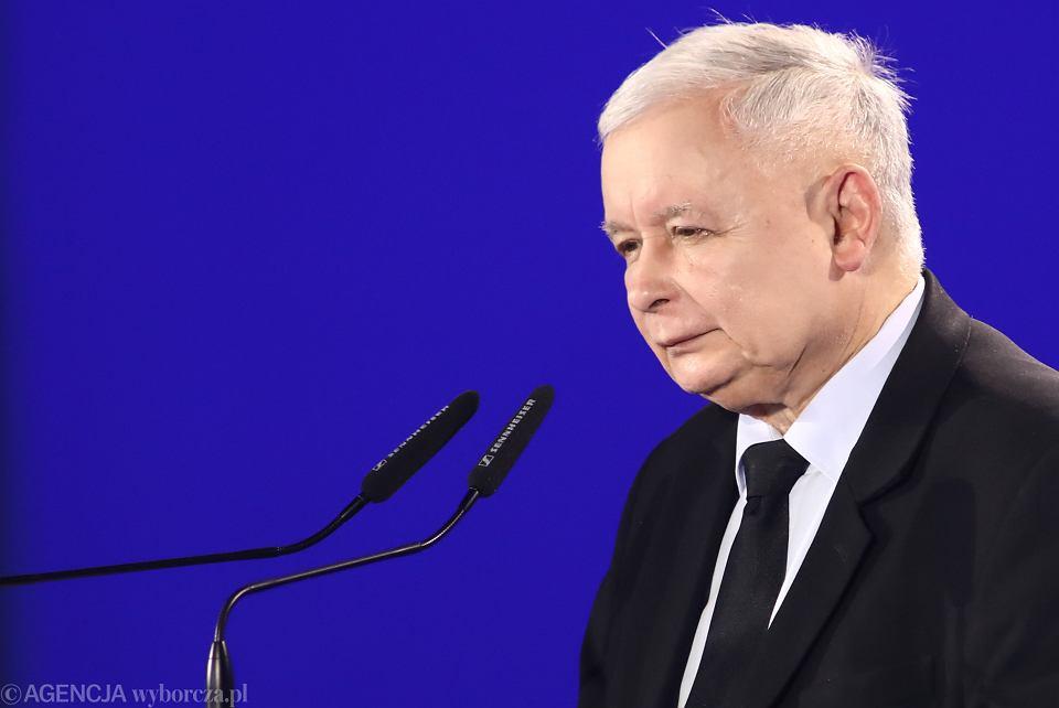 . Prezes PiS Jarosław Kaczyński podczas konwencji regionalnej PiS w Krakowie.