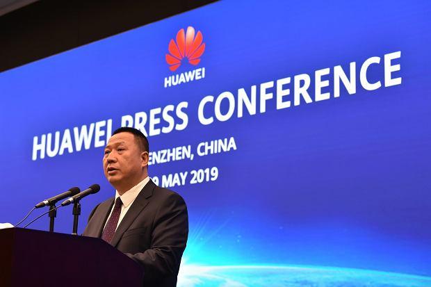 """Huawei oskarża Biały Dom o łamanie konstytucji. """"Dziś Huawei, jutro twoja firma"""""""