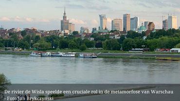 Warszawa była przykładem wszystkiego, co jest nie tak w krajach bloku wschodniego. Ale niepostrzeżenie miasto rozkwitło w tętniącą życiem metropolię - czytamy w artykule tygodnika 'Elsevier'.