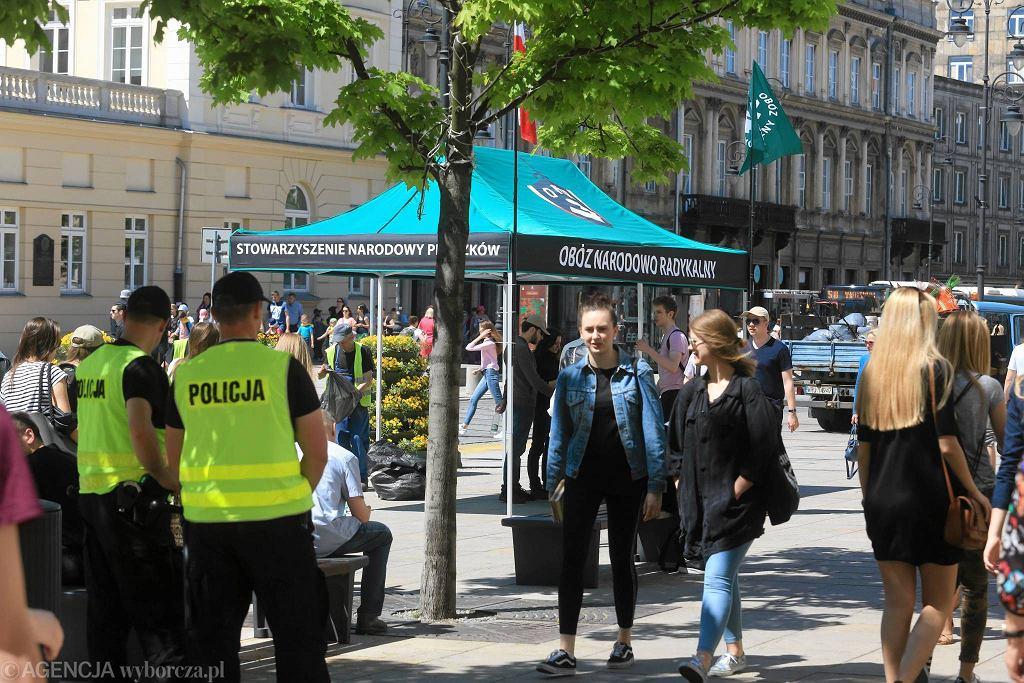 Namiot ONR na Krakowskim Przedmieściu