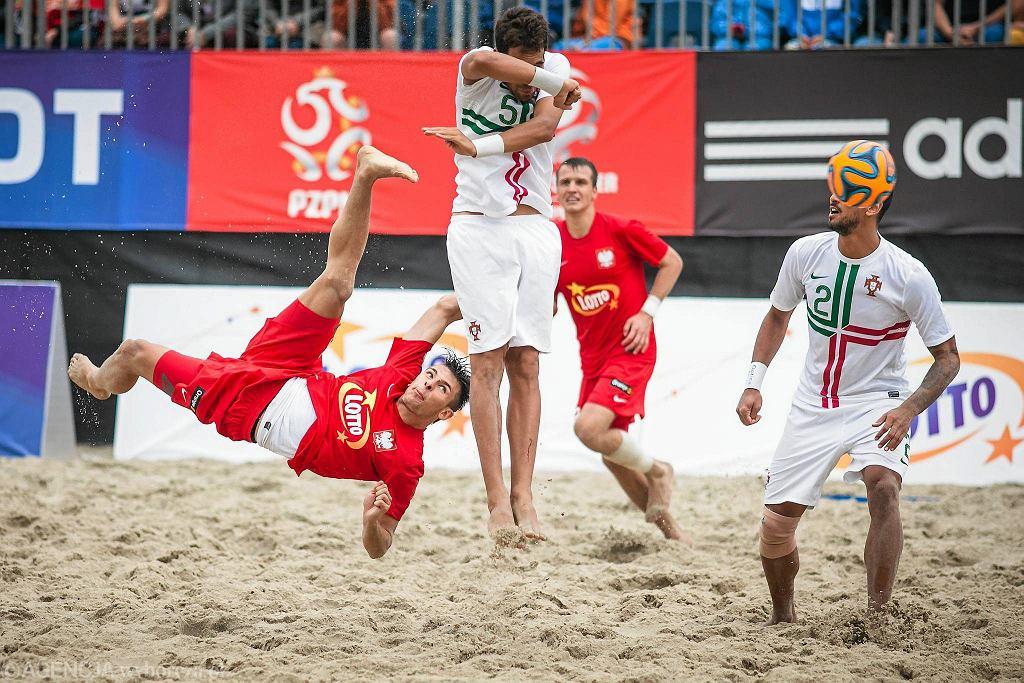 Plażowa piłka nożna w Sopocie