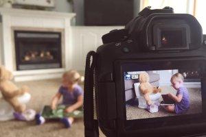 Dzieci do rodziców: nie wrzucajcie postów o nas do sieci