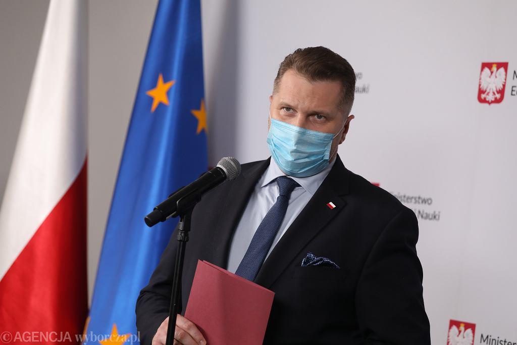 Minister edukacji w rządzie PiS Przemysław Czarnek podczas konferencji w resorcie. Warszawa, 18 maja 2021