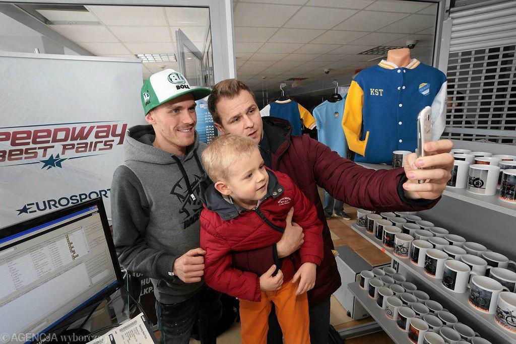 Martin Vaculik podczas spotkania w sklepie żużlowym na Motoarenie