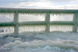 Pamiętacie zdjęcia skutej lodem Niagary? U nas też są takie widoki. Wystarczy pojechać nad Bałtyk