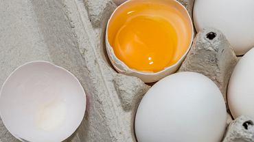 Jak sprawdzić, czy jajko jest świeże? 3 banalnie proste triki, które zawsze się sprawdzają