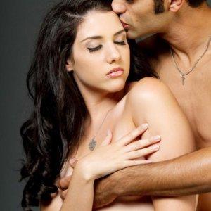 Sposób na wierność: oksytocyna