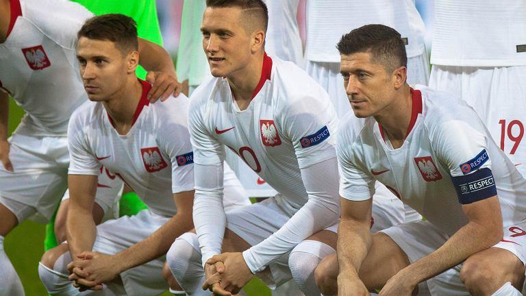 Polska - Czechy 0:1 na Stadionie Energa w Gdańsku. Od lewej: Przemysław Frankowski, Piotr Zieliński i Robert Lewandowski