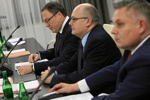 Komisja senacka zarekomendowała przyjęcie ustawy o KNF bez poprawek