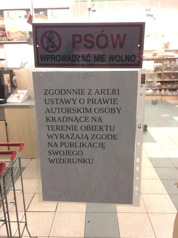 Ogłoszenie w sklepie