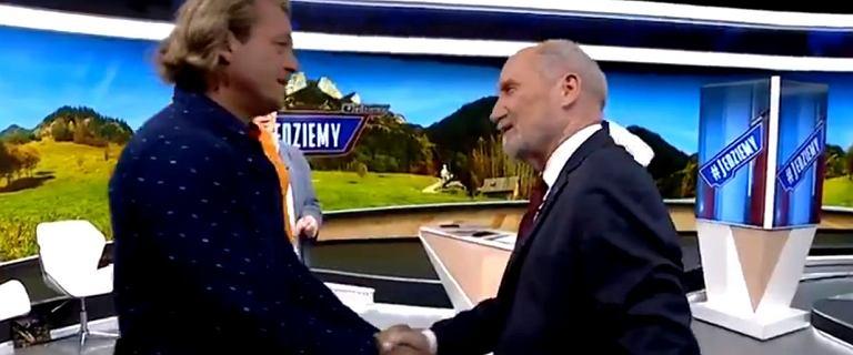 Jakimowicz o Macierewiczu: Widzę chłopa i czuję, że muszę mu podziękować