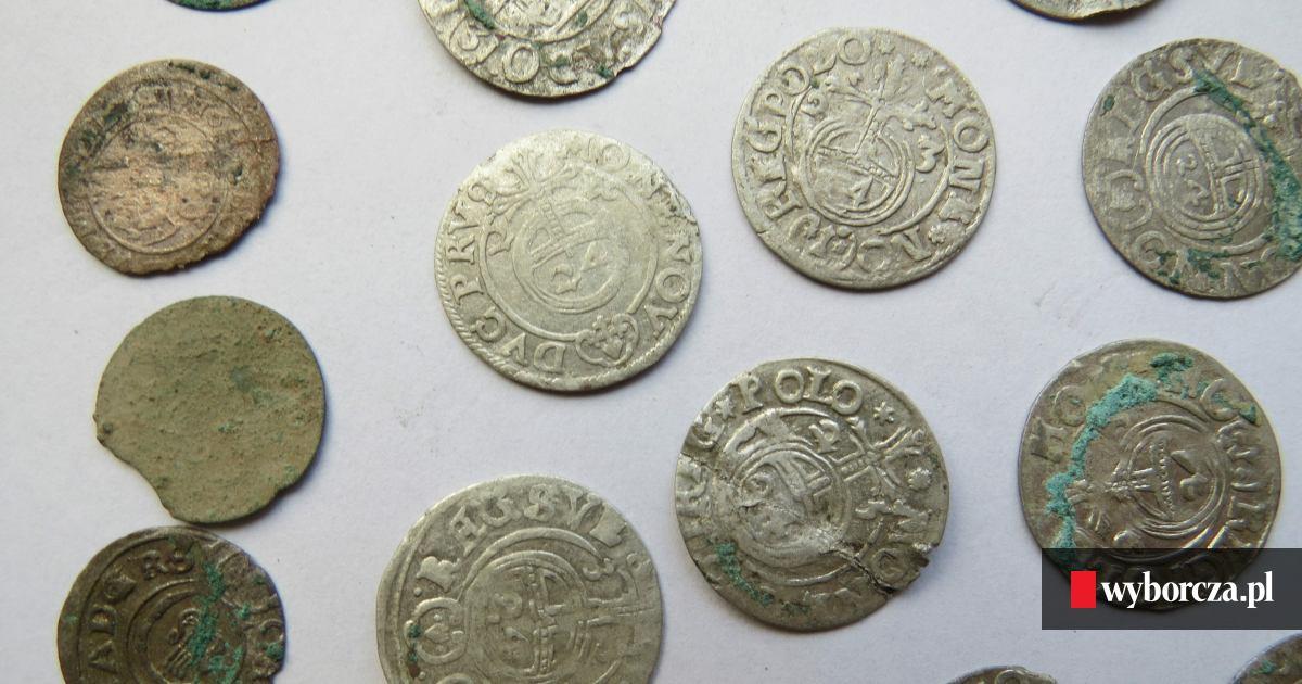 W Człuchowie odkryto monety schowane przed Szwedami... ponad 350 lat temu