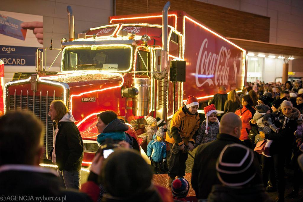 Świąteczna ciężarówka Coca-Coli (zdjęcie ilustracyjne)