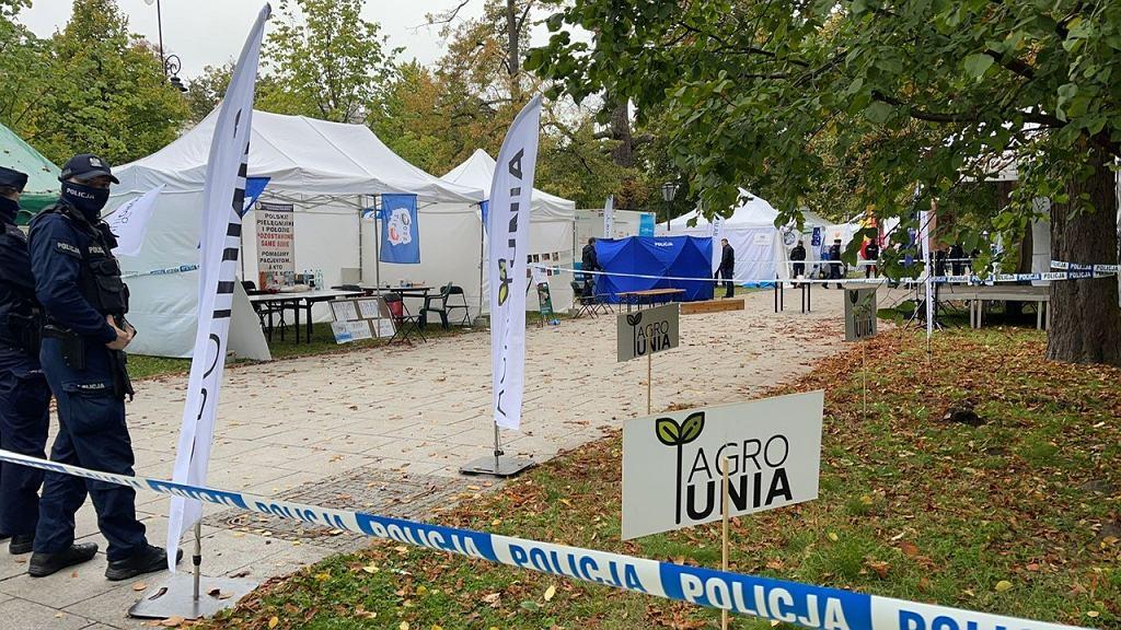 Strzał w białym miasteczku w Warszawie. Mężczyzna nie żyje