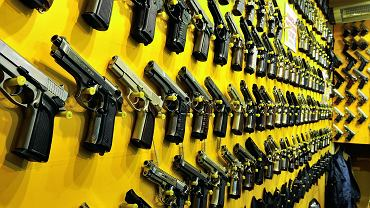 Co z dostępem do broni w naszym kraju?