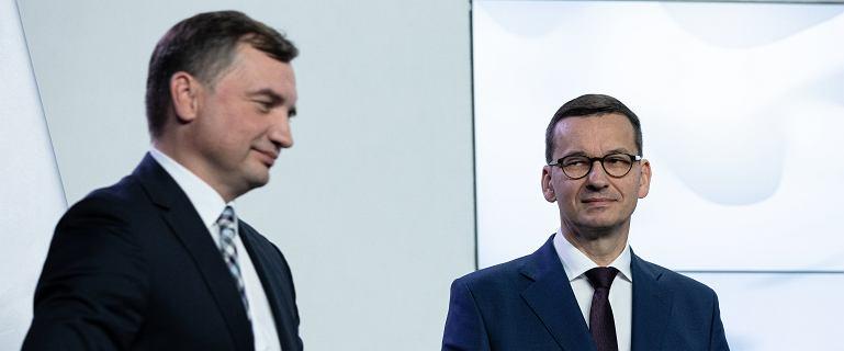 Holenderski parlament wezwał do postawienia Polski przed unijnym trybunałem
