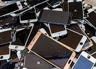 Nowy smartfon pod choinkę, stary do szuflady. Co zrobić, by nie chomikować e-odpadów?