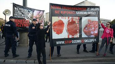 Co Ordo Iuris podpowiada sędziom w sprawie billboardów antyaborcyjnych. A społeczeństwo odpowiada
