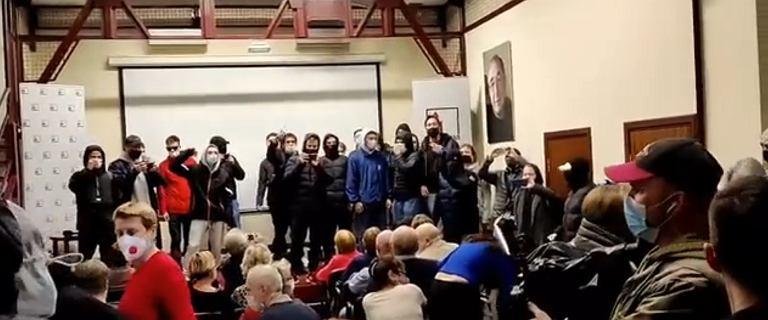 Moskwa. Zamaskowani mężczyźni przerwali pokaz filmu Agnieszki Holland