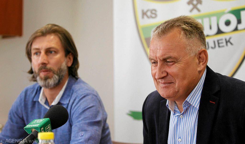 Kamil Kosowski (z lewej) i były już trener Rozwoju Marek Motyka