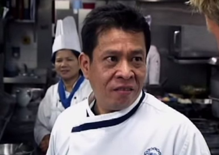 Szef kuchni z restauracji Niebieski Smok