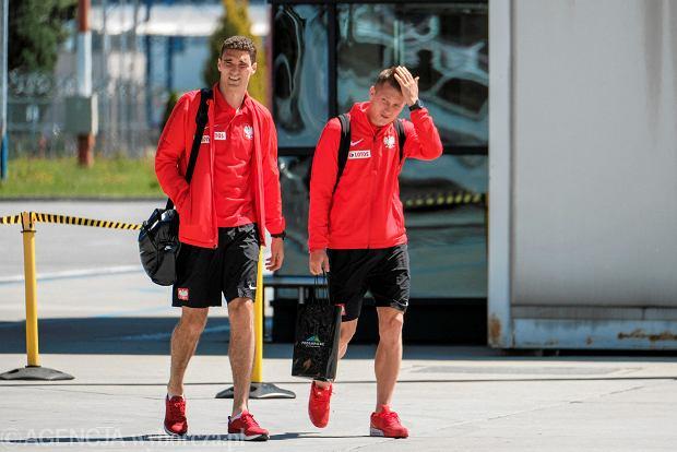 Zdjęcie numer 7 w galerii - W drodze na mundial. Piłkarze reprezentacji Polski lecą z Jasionki na mecz towarzyski z Chile [ZDJĘCIA]