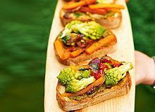 Bruschetty z warzywami - ugotuj