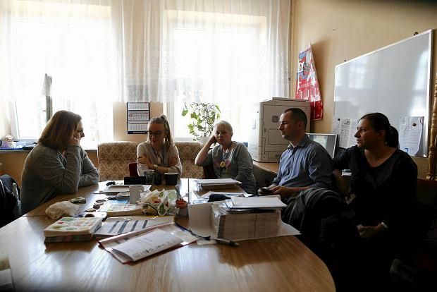 Łódź, 8 kwietnia 2019 r.,  Zespół Szkolno-Przedszkolny nr 6  przy ul. Janosika. Nauczyciele podczas strajku w pokoju nauczycielskim
