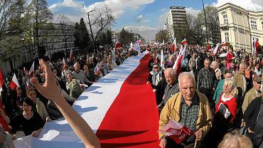 Marsz w obronie TV Trwam w Warszawie