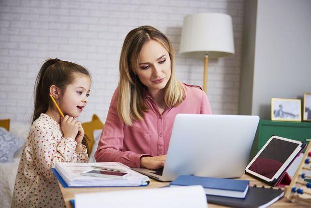 Praca zdalna zakończyła zjawisko tzw. secret parentingu, czyli ukrywania w firmach swoich obowiązków związanych z opieką nad dziećmi