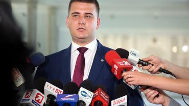 Bartłomiej Misiewicz, szef gabinetu ministra i rzecznik prasowy MON