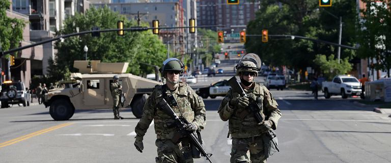 Gwardia Narodowa na ulicach. To oznacza, że jest źle