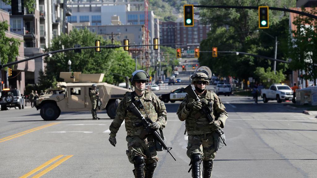 Gwardia Narodowa stanu Utah na ulicach Salt Like City
