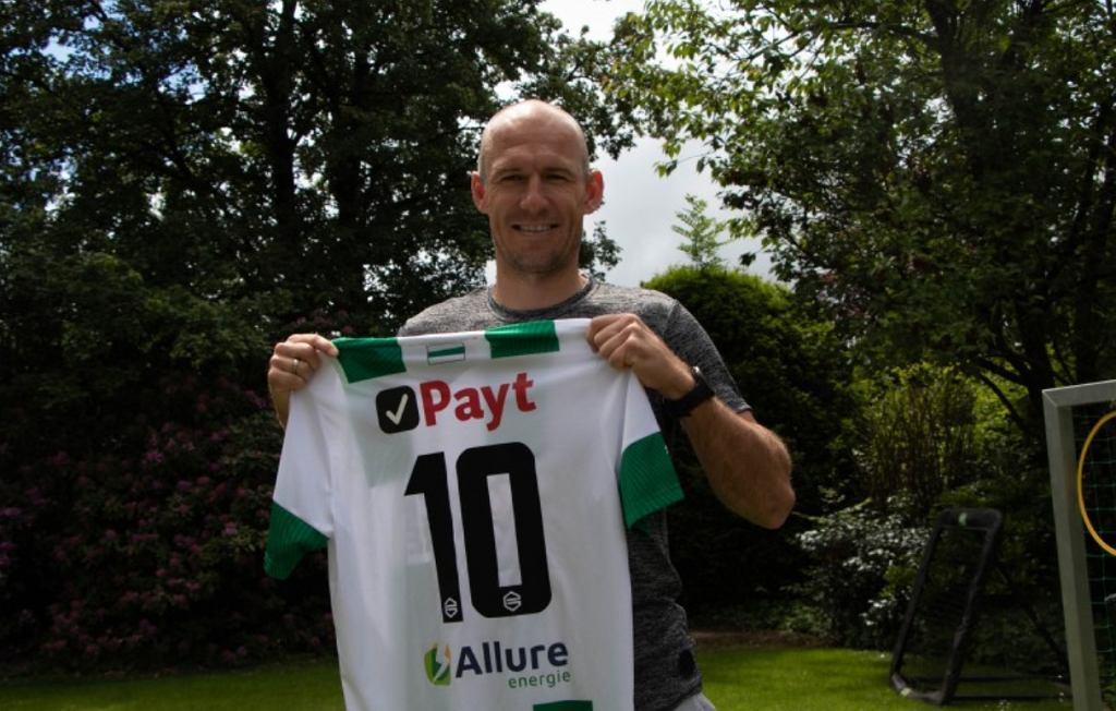 Arjen Robben wznowi karierę!