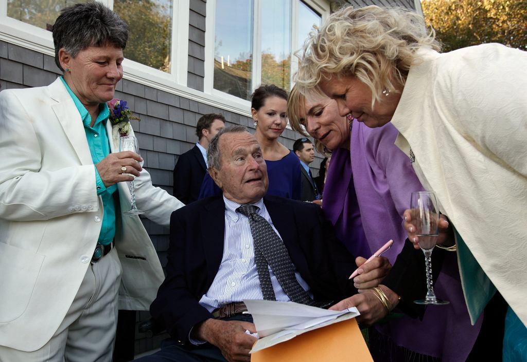 George Bush Senior był świadkiem na ślubie swoich przyjaciółek